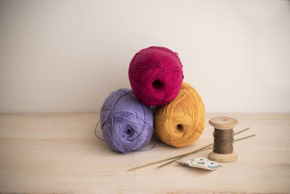 Gratis strikkeoppskrift: Sommerlig genser | Solberg Spinderi