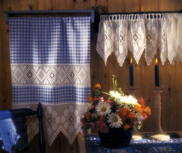 Bord og gardinkappe - Hi 8906